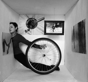 Jadąca rowerem